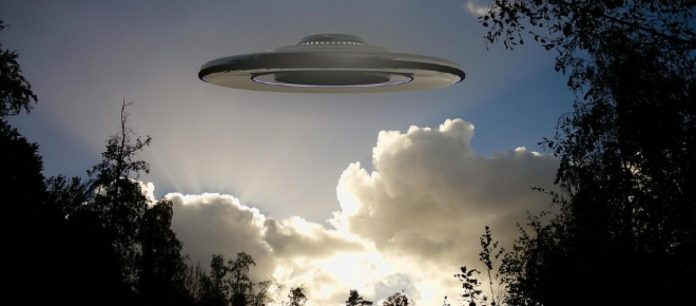 Ufo: avvistamento notturno a Peschiera Borromeo