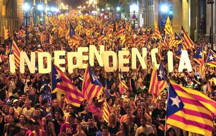 Catalogna : è indipendenza, presto scontri con Madrid