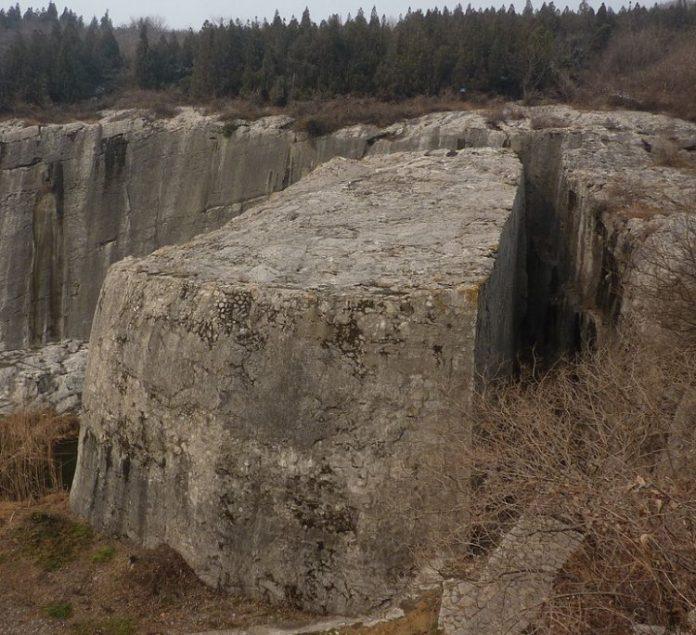La cava dei megaliti di Yangshan