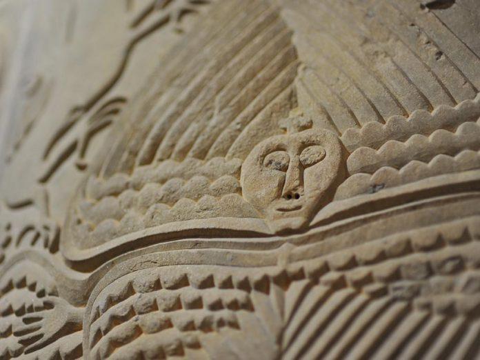 Chiesa Templare di Gropina: l'uomo volante.